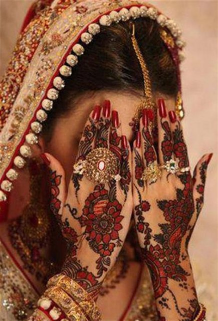 Simple Easy Best Bridal Dulhan Mehndi Designs For Both hands - Mehndi Art of the day 30.11.2013
