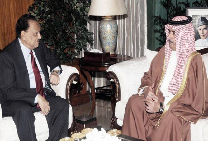 Bahrain's national guard commander calls on President Mamnoon