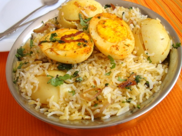 how to make egg biryani at home