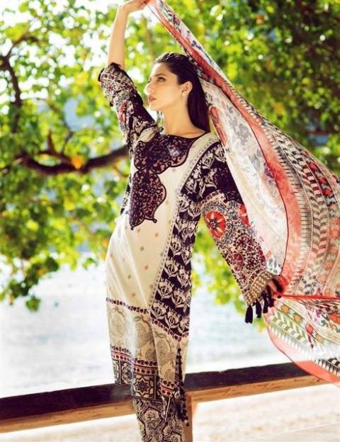Pakistani Women Embroided Kurta Lawn collection