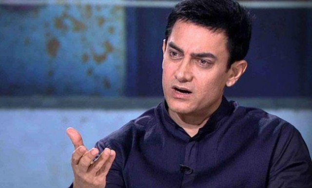 aamir khan send legal notice to pak websites