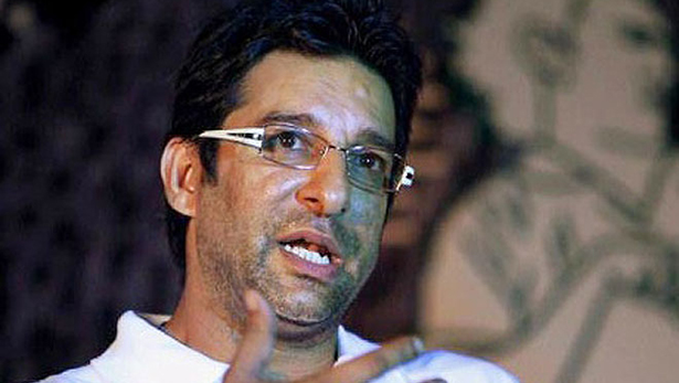 Bullets fired at Wasim Akram's car in Karachi
