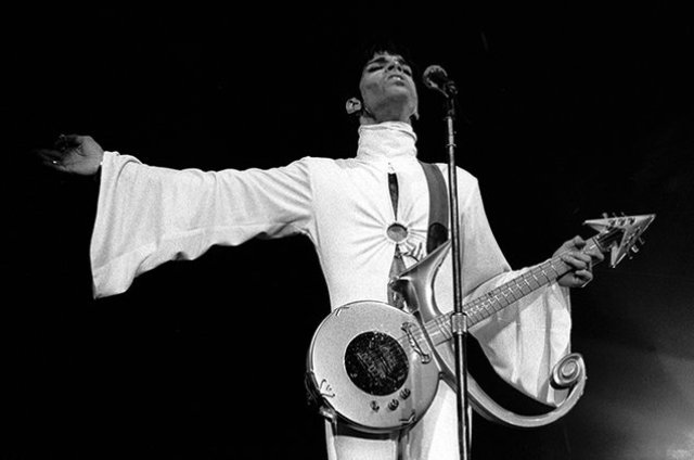 Singer Prince Died at Age 57 on 21st April 2016