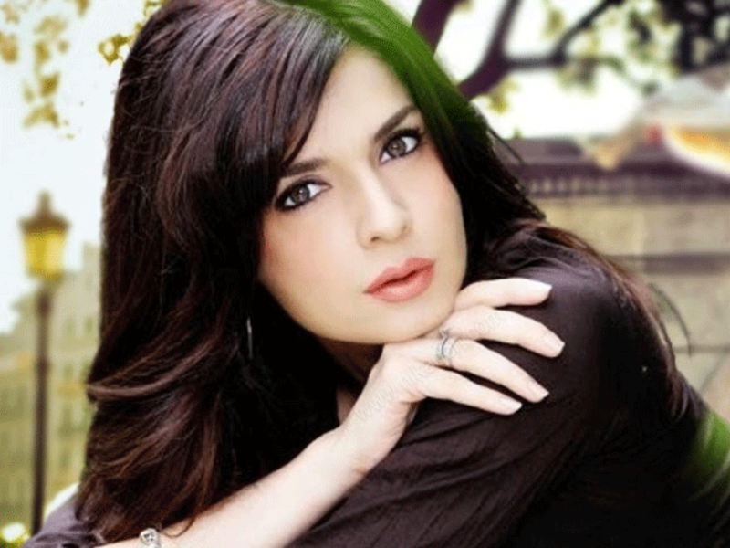 Mahnoor Baloch beautiful lady pics