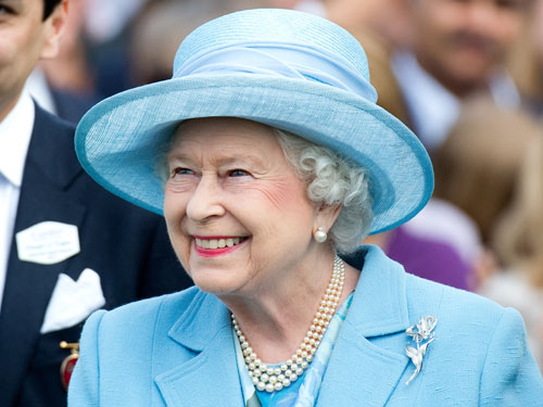 Queen admitted in Hospital after Ten years in her life
