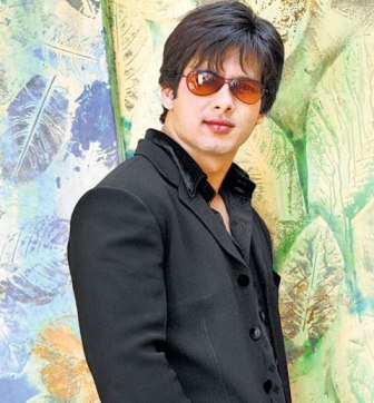 Shahid Kapoor wills Chang his Acting Style in Upcoming Movie