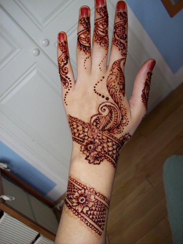 Beautiful Arabic Mehndi Designs