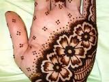 Simple Mehndi Designs for Bridal
