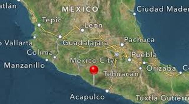 Strong earthquake shakes buildings in Mexico City