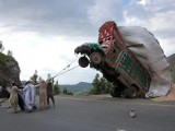 funny pakistan and India pictures