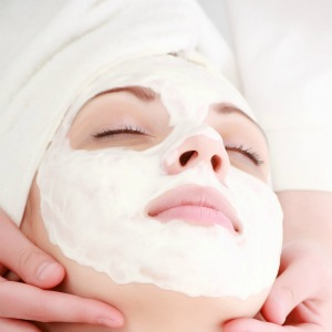 Face mask for Dry Skin at Home