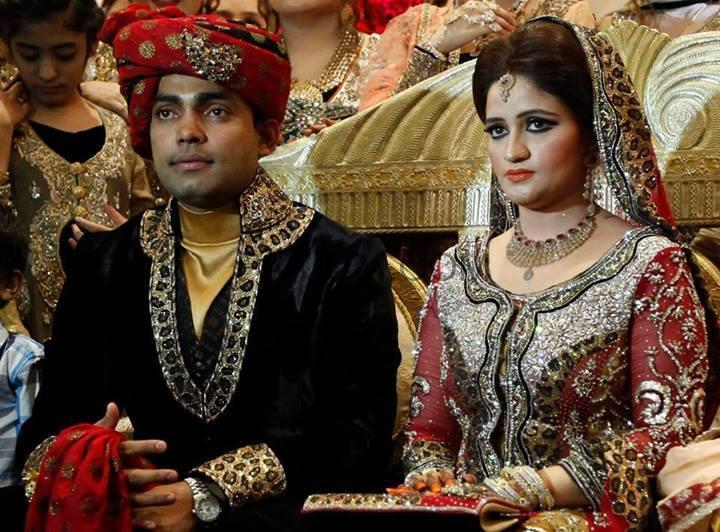 umer akmal pics with his wife